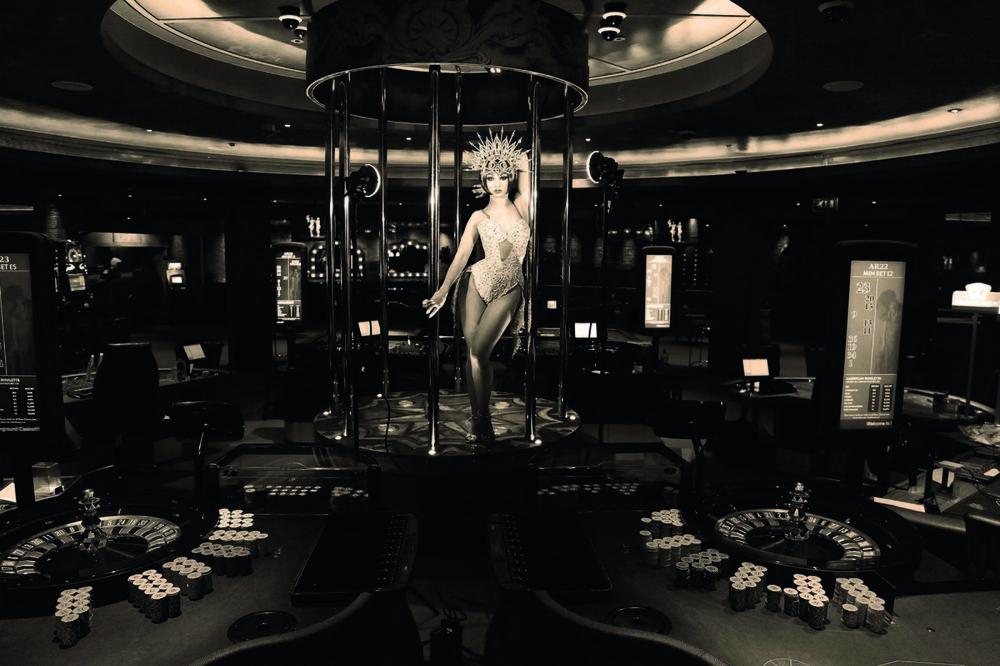 Casino-interiors-1600x1066.jpg