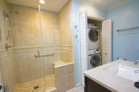 Washer/Dryer, Towels Provided