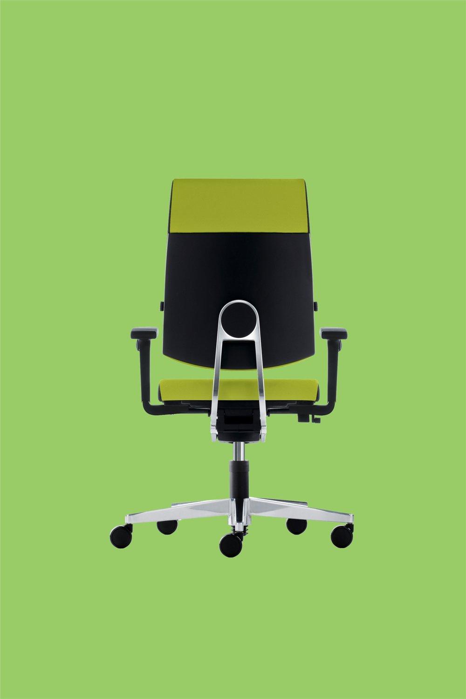 Büromöbel.jpg