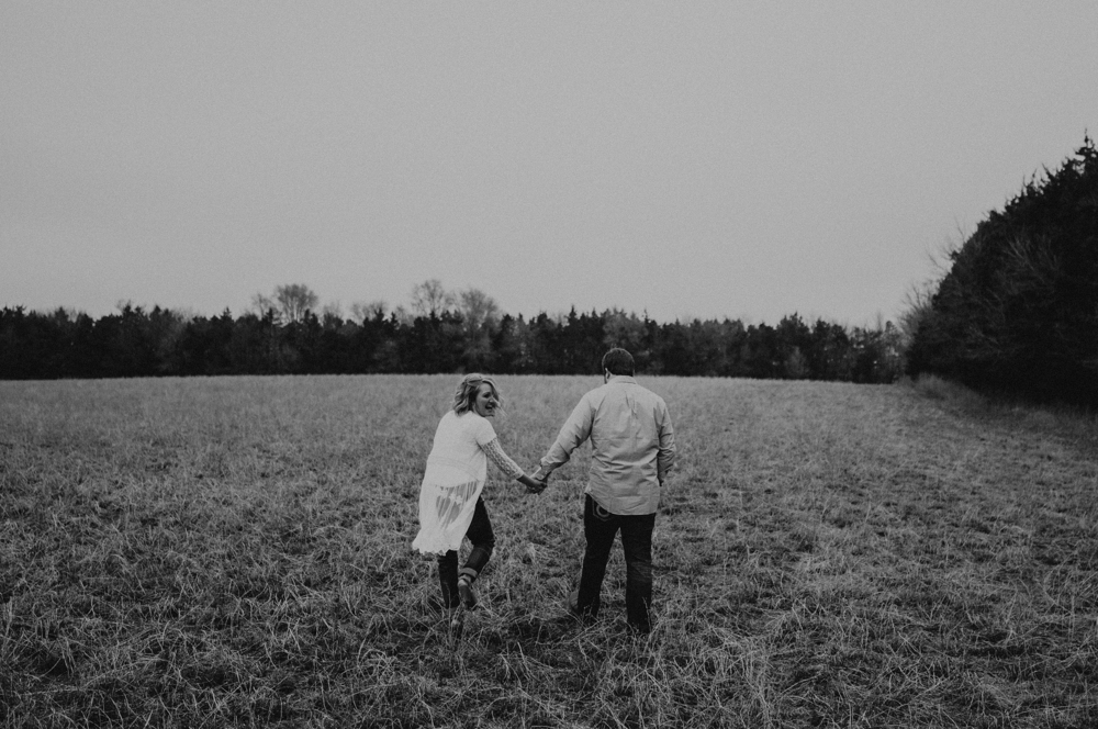 kaylie-sirek-nebraska-wedding-engagement-photographer-photography-grand-island-kearney-hastings-lincoln-01.png