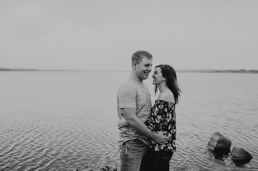 kaylie-sirek-nebraska-wedding-engagement-photographer-photography-grand-island-kearney-hastings-lincoln-21.png