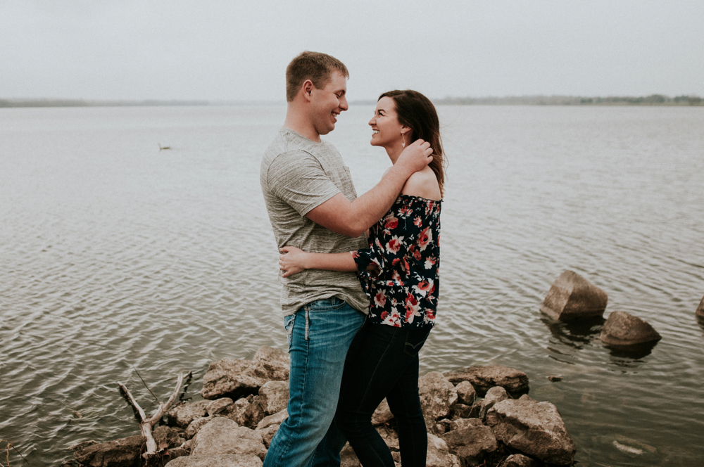 kaylie-sirek-nebraska-wedding-engagement-photographer-photography-grand-island-kearney-hastings-lincoln-22.png