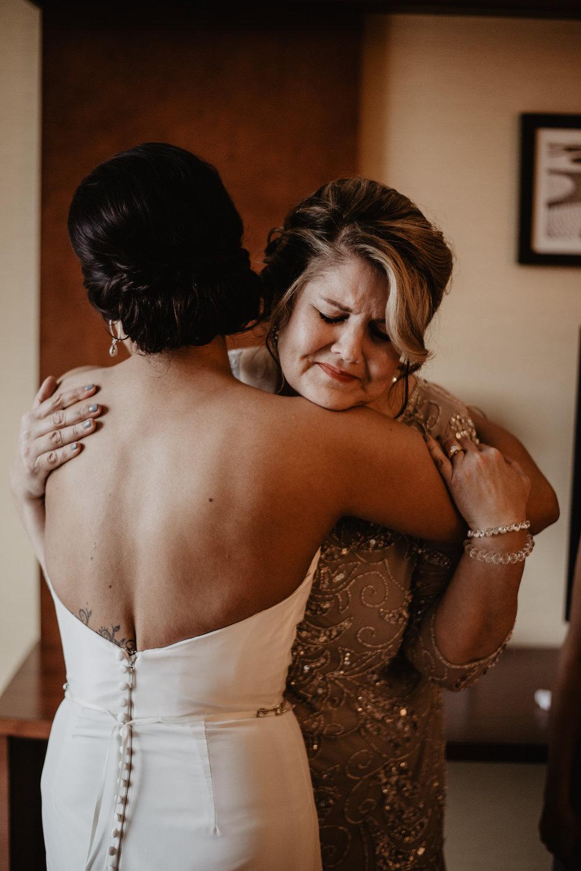 Kaylie_Sirek_Photography_Grand_Island_Kearney_Hastings_Lincoln_Nebraska_Wedding_Engagement_Grandma_Grandparent_Delray_Downtown_DowntownLincoln_LNK_Emotional_Bride_Groom_Photographer_08.jpg