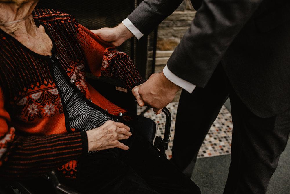 Kaylie_Sirek_Photography_Grand_Island_Kearney_Hastings_Lincoln_Nebraska_Wedding_Engagement_Grandma_Grandparent_Delray_Downtown_DowntownLincoln_LNK_Emotional_Bride_Groom_Photographer_49.jpg