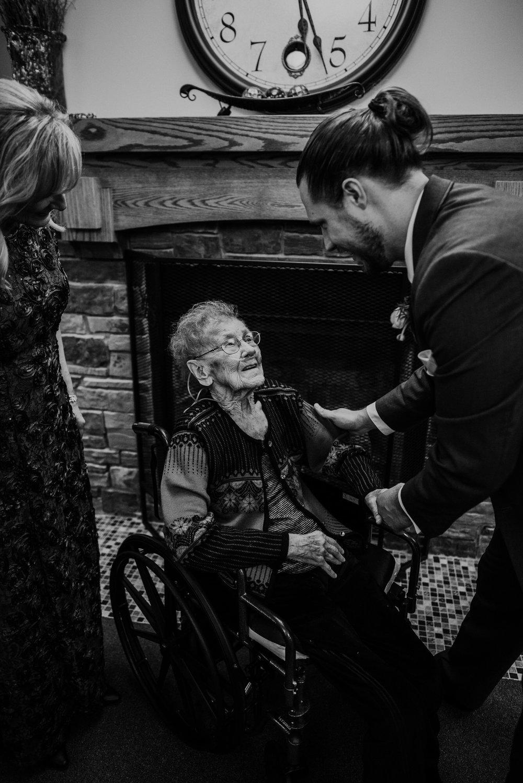 Kaylie_Sirek_Photography_Grand_Island_Kearney_Hastings_Lincoln_Nebraska_Wedding_Engagement_Grandma_Grandparent_Delray_Downtown_DowntownLincoln_LNK_Emotional_Bride_Groom_Photographer_50.jpg