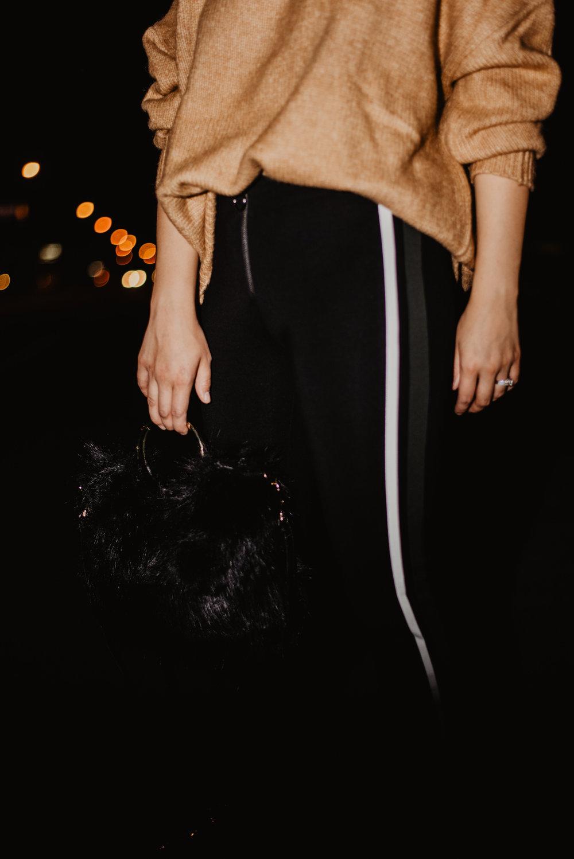 Kaylie-Sirek-Photography-Lifestyle-Photographer-Lincoln-Kearney-Hastings-GrandIsland-Grand-Island-city-urban-downtown-lifestyle-blog-blogger-fashion-style-fall-autumn-plaid-grunge-90s-retro-Nebraska-41.jpg