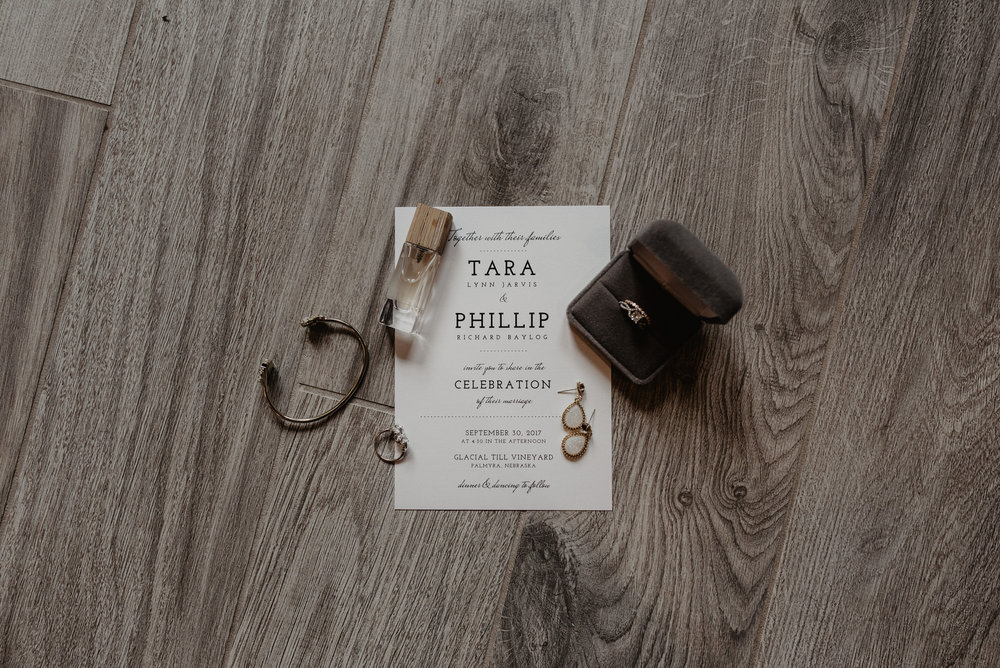 Kaylie Sirek Photography – Nebraska Wedding and Engagement Photographer – Glacial Till Vinyard – 004.jpg