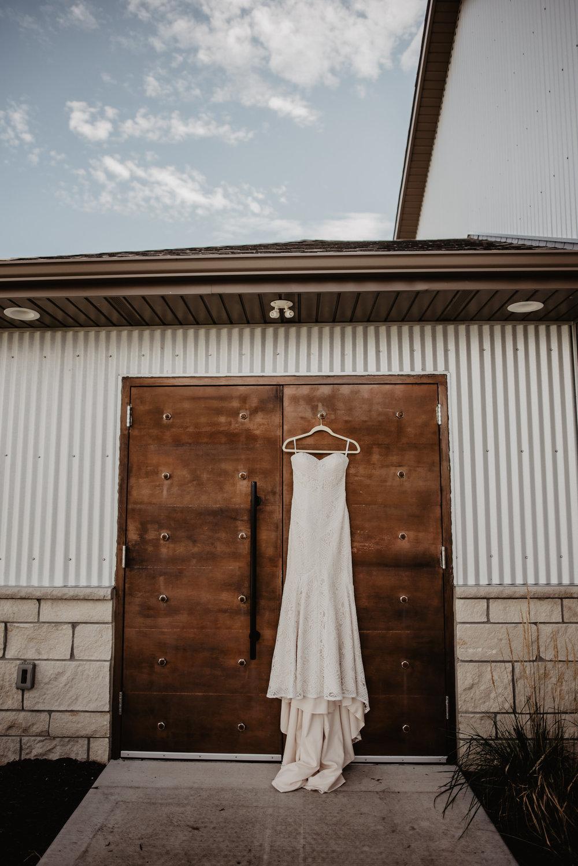 Kaylie Sirek Photography – Nebraska Wedding and Engagement Photographer – Glacial Till Vinyard – 016.jpg