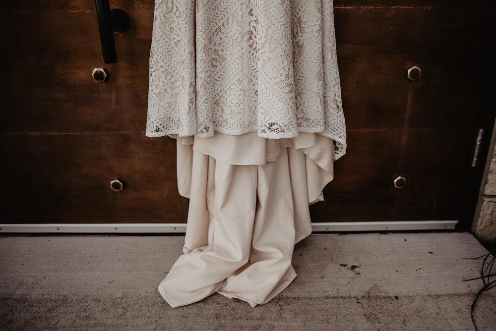 Kaylie Sirek Photography – Nebraska Wedding and Engagement Photographer – Glacial Till Vinyard – 017.jpg