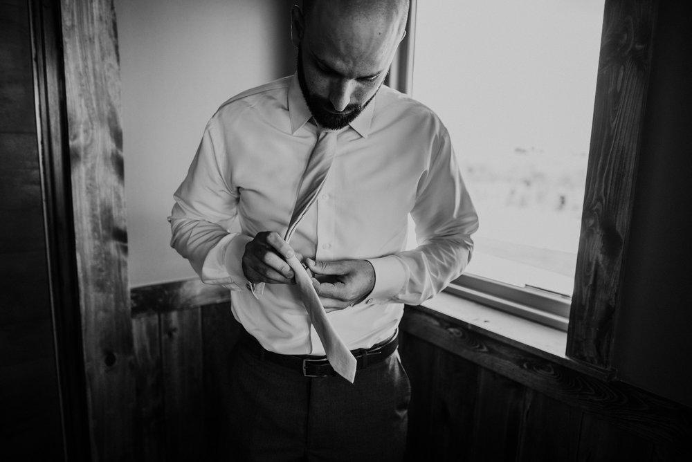Kaylie Sirek Photography – Nebraska Wedding and Engagement Photographer – Glacial Till Vinyard – 030.jpg