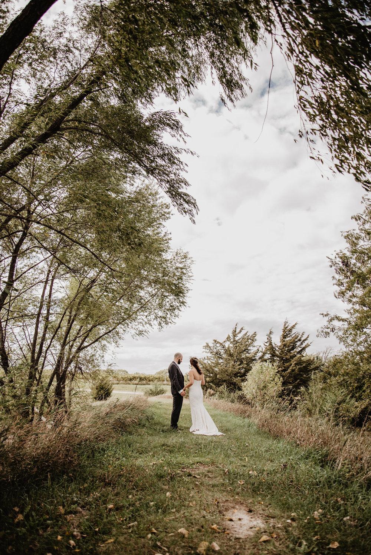 Kaylie Sirek Photography – Nebraska Wedding and Engagement Photographer – Glacial Till Vinyard – 034.jpg
