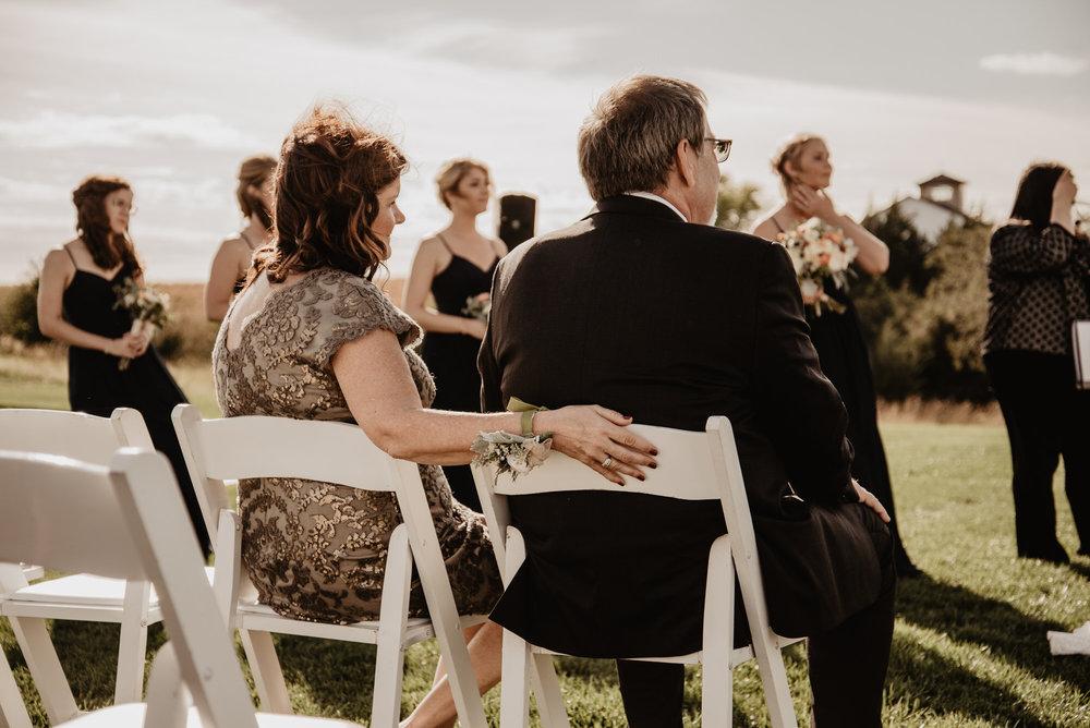 Kaylie Sirek Photography – Nebraska Wedding and Engagement Photographer – Glacial Till Vinyard – 063.jpg