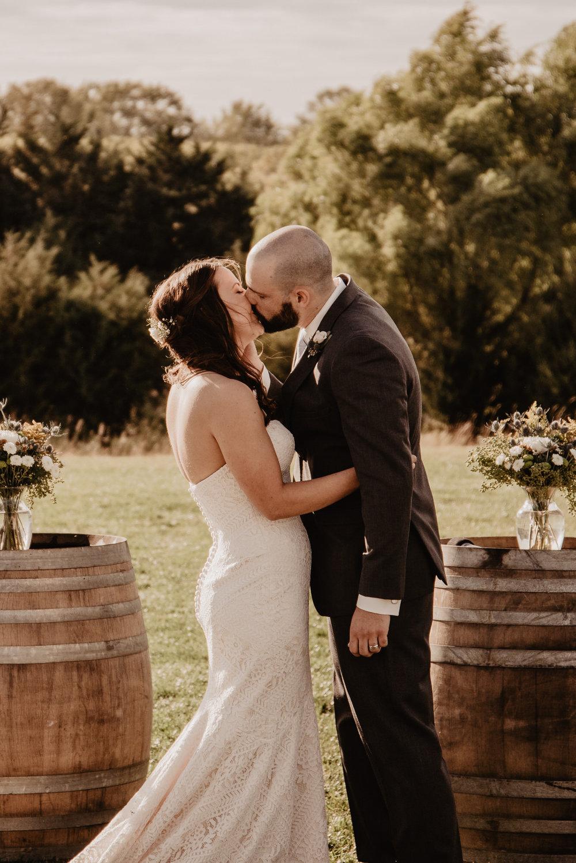 Kaylie Sirek Photography – Nebraska Wedding and Engagement Photographer – Glacial Till Vinyard – 068.jpg