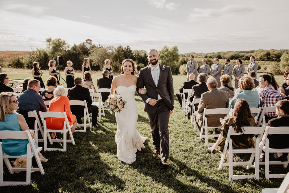 Kaylie Sirek Photography – Nebraska Wedding and Engagement Photographer – Glacial Till Vinyard – 072.jpg
