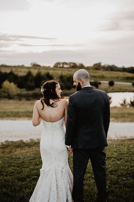 Kaylie Sirek Photography – Nebraska Wedding and Engagement Photographer – Glacial Till Vinyard – 088.jpg