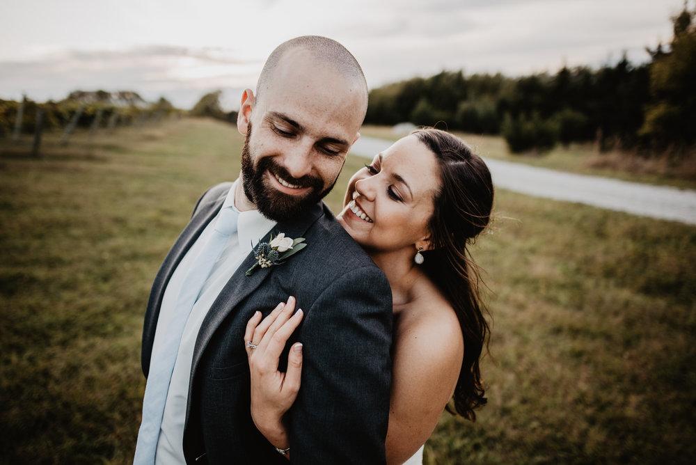 Kaylie Sirek Photography – Nebraska Wedding and Engagement Photographer – Glacial Till Vinyard – 092.jpg