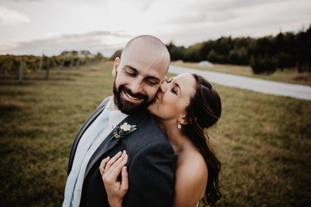 Kaylie Sirek Photography – Nebraska Wedding and Engagement Photographer – Glacial Till Vinyard – 093.jpg