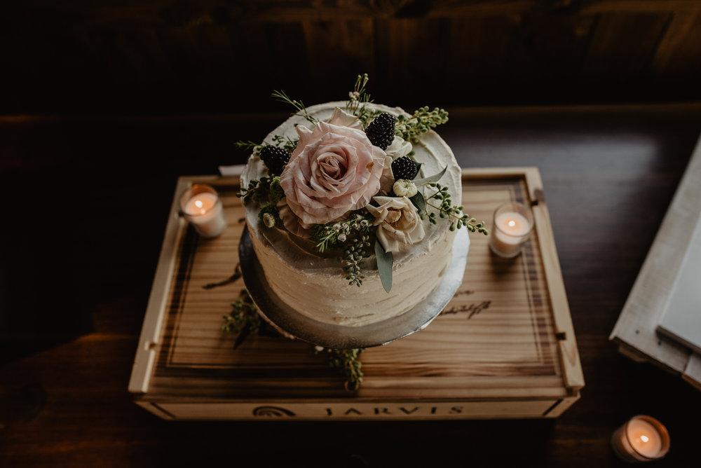 Kaylie Sirek Photography – Nebraska Wedding and Engagement Photographer – Glacial Till Vinyard – 115.jpg