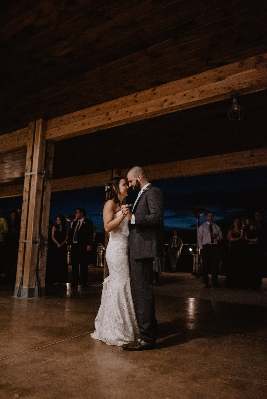 Kaylie Sirek Photography – Nebraska Wedding and Engagement Photographer – Glacial Till Vinyard – 132.jpg