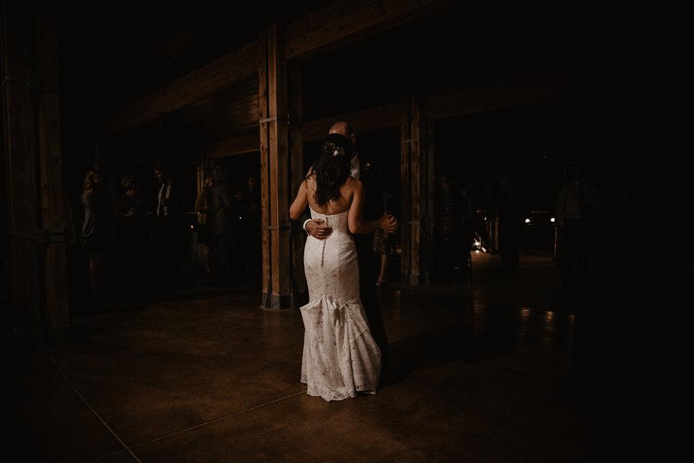 Kaylie Sirek Photography – Nebraska Wedding and Engagement Photographer – Glacial Till Vinyard – 134.jpg