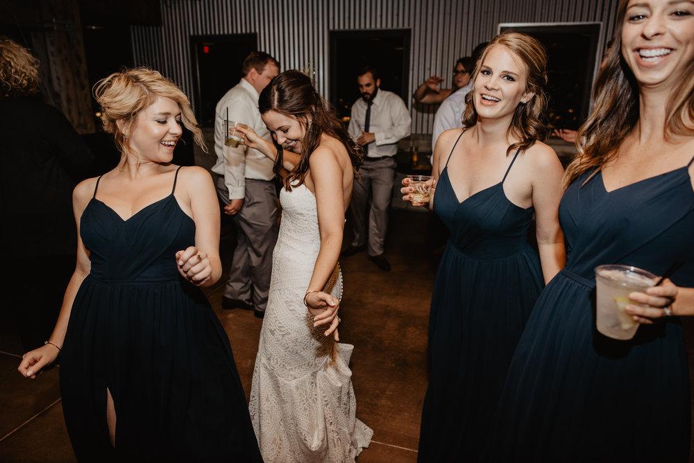 Kaylie Sirek Photography – Nebraska Wedding and Engagement Photographer – Glacial Till Vinyard – 135.jpg