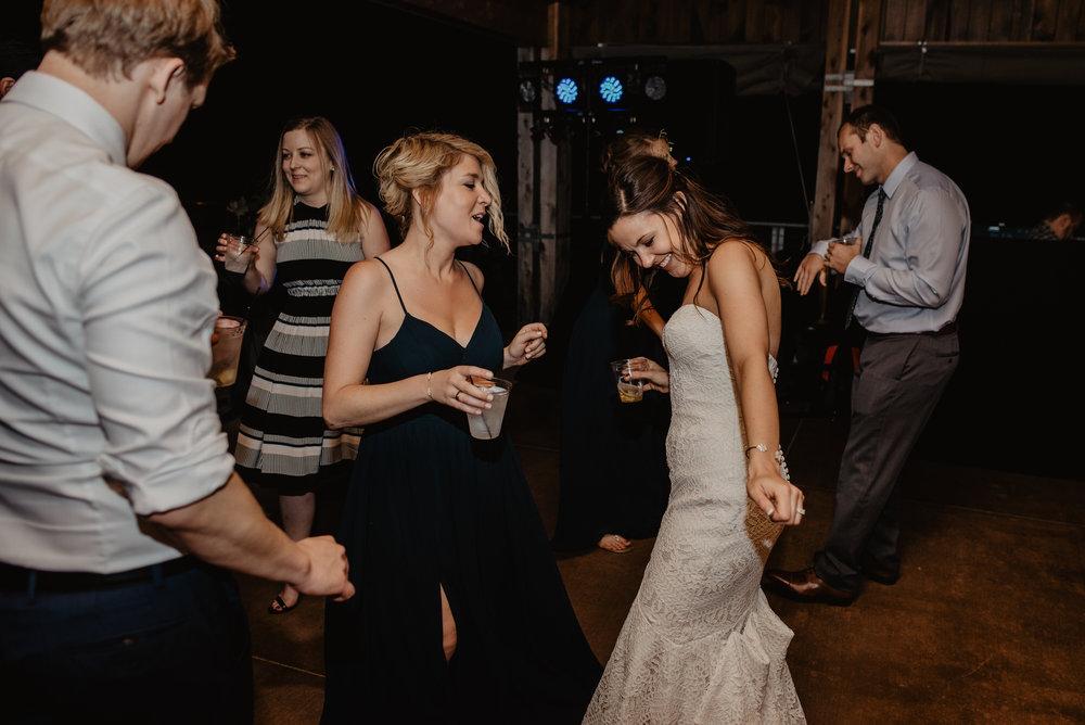 Kaylie Sirek Photography – Nebraska Wedding and Engagement Photographer – Glacial Till Vinyard – 137.jpg