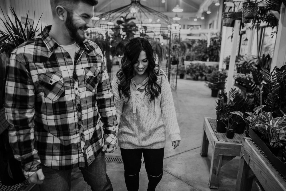 Kearney-Nebraska-Winter-Engagement-Kaylie-Sirek-Photography-09.jpg