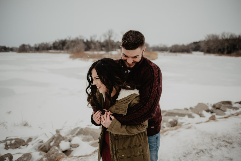 Kearney-Nebraska-Winter-Engagement-Kaylie-Sirek-Photography-13.jpg