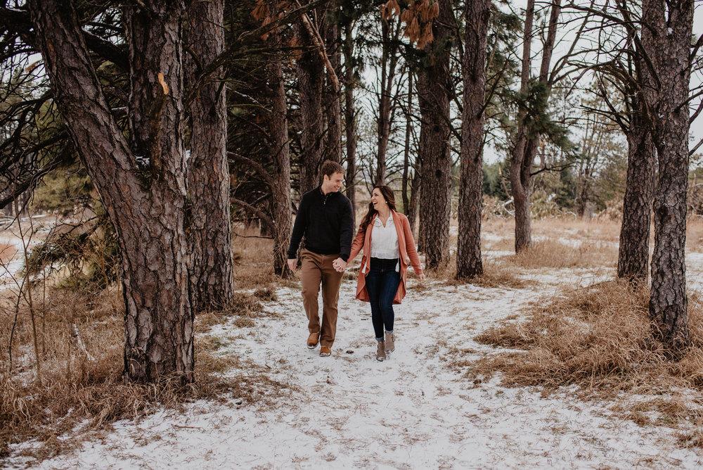 Lincoln-Columbus-Nebraska-Winter-Engagement-Kaylie-Sirek-Photography-07.jpg