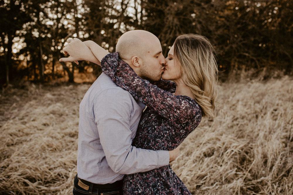 Kaylie-Sirek-Photography-Nebraska-Engagement-Photographer-04.jpg