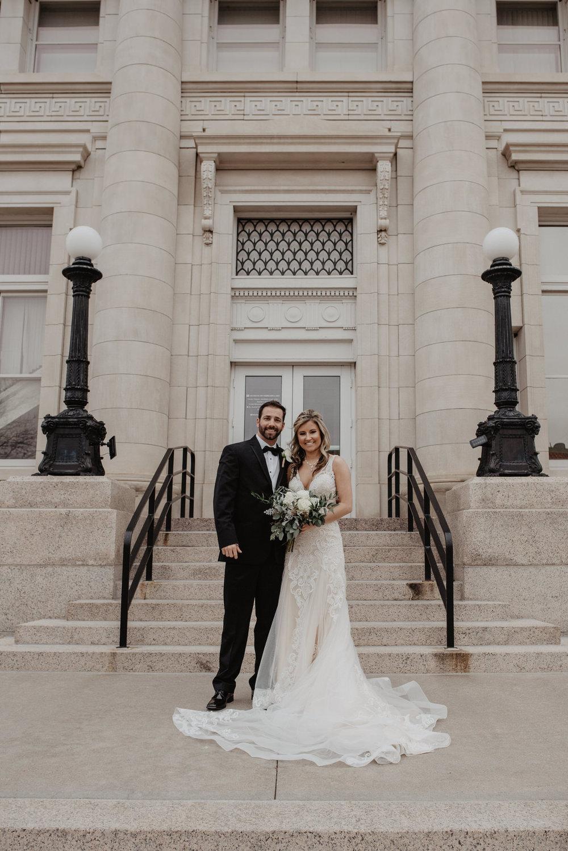 Kaylie-Sirek-Photography-Kearney-Wood-River-Nebraska-Babels-Barn-Wedding-053.jpg