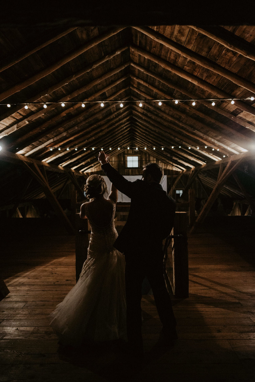 Kaylie-Sirek-Photography-Kearney-Wood-River-Nebraska-Babels-Barn-Wedding-063.jpg