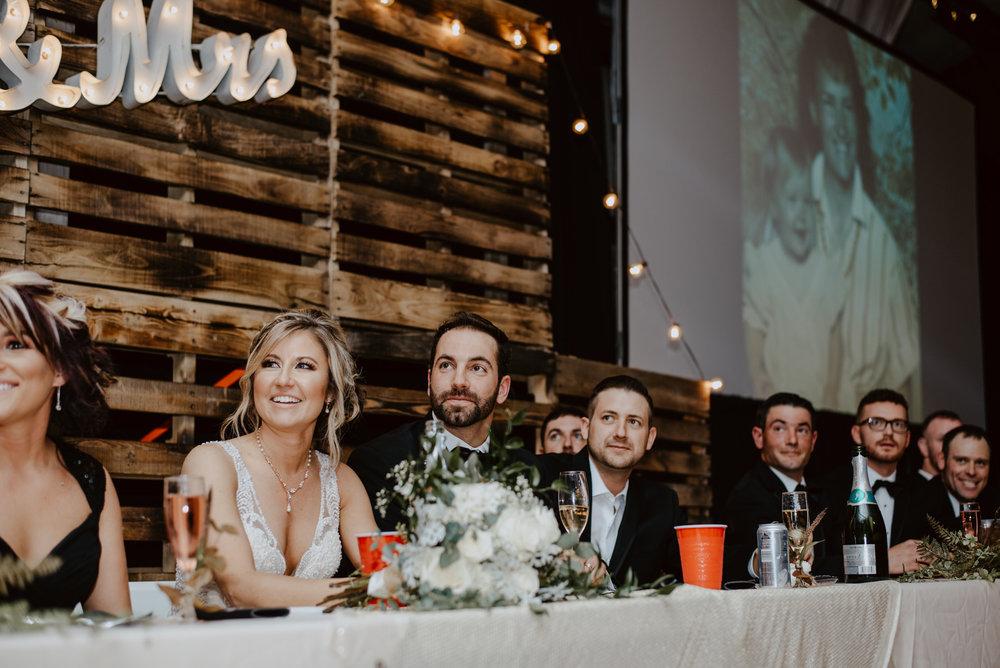 Kaylie-Sirek-Photography-Kearney-Wood-River-Nebraska-Babels-Barn-Wedding-069.jpg