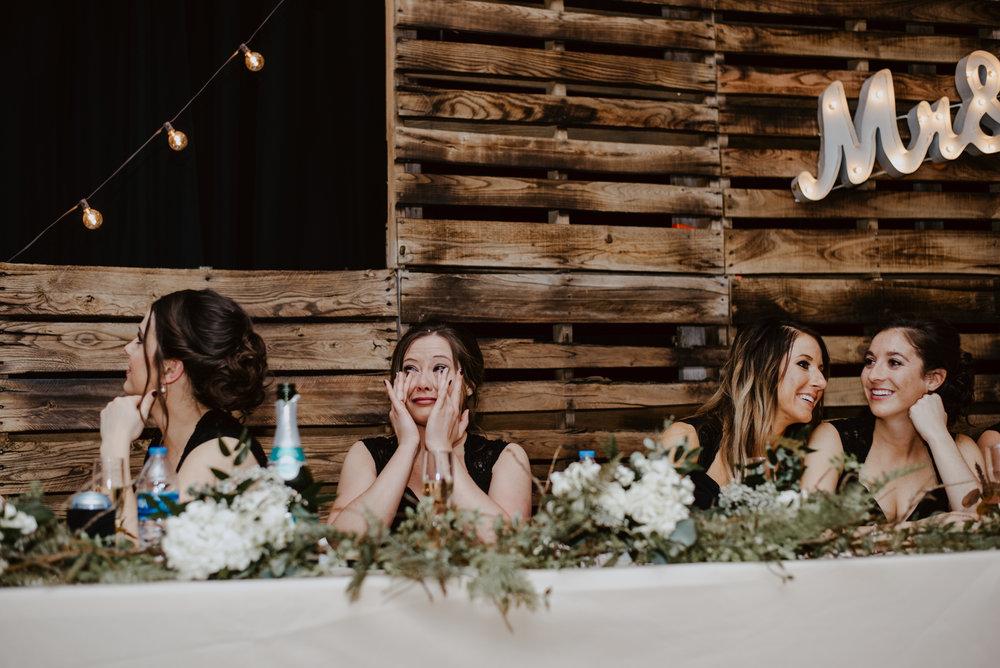 Kaylie-Sirek-Photography-Kearney-Wood-River-Nebraska-Babels-Barn-Wedding-070.jpg