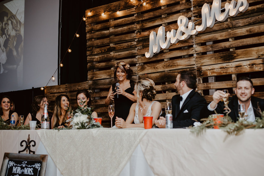 Kaylie-Sirek-Photography-Kearney-Wood-River-Nebraska-Babels-Barn-Wedding-072.jpg