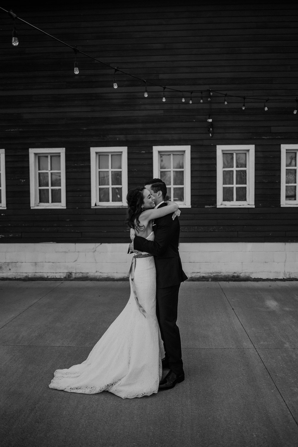 The Barn at the Ackerhurst Dairy Farm Omaha Nebraska Wedding Kaylie Sirek Photography034.jpg