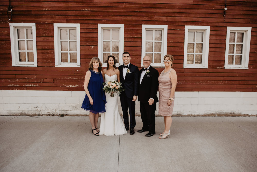 The Barn at the Ackerhurst Dairy Farm Omaha Nebraska Wedding Kaylie Sirek Photography064.jpg