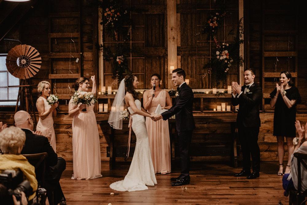 The Barn at the Ackerhurst Dairy Farm Omaha Nebraska Wedding Kaylie Sirek Photography077.jpg
