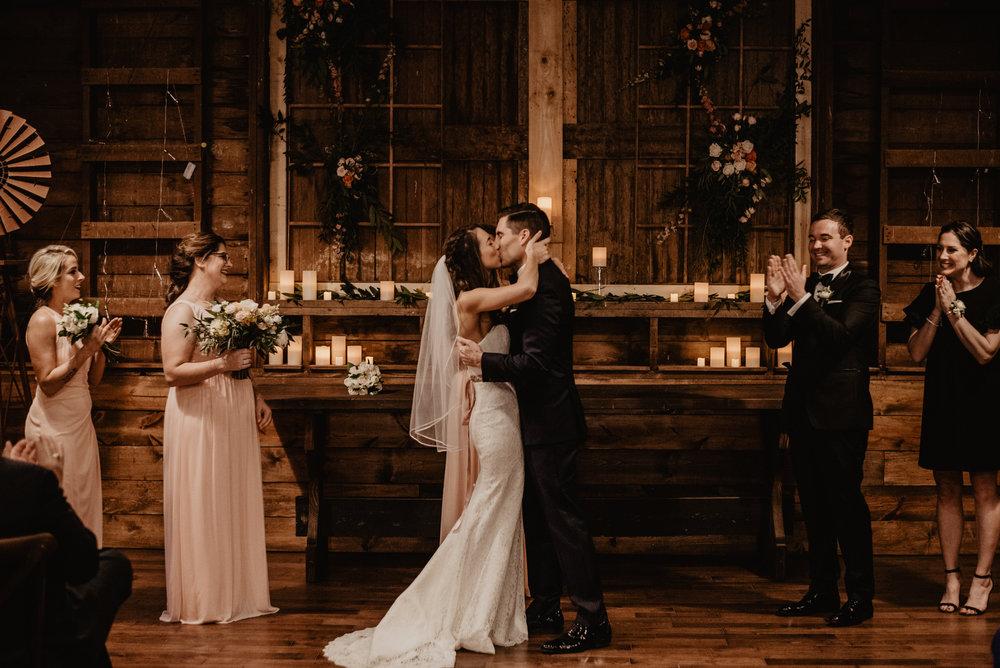 The Barn at the Ackerhurst Dairy Farm Omaha Nebraska Wedding Kaylie Sirek Photography078.jpg