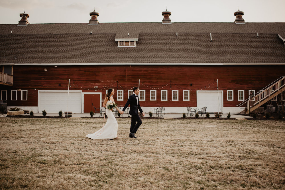 The Barn at the Ackerhurst Dairy Farm Omaha Nebraska Wedding Kaylie Sirek Photography086.jpg