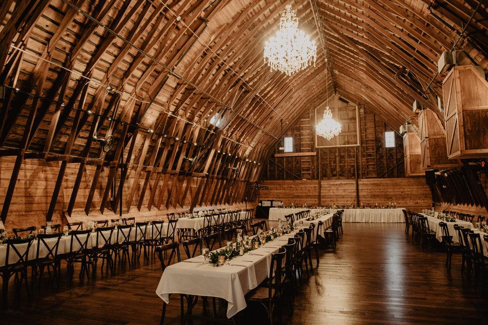 The Barn at the Ackerhurst Dairy Farm Omaha Nebraska Wedding Kaylie Sirek Photography109.jpg