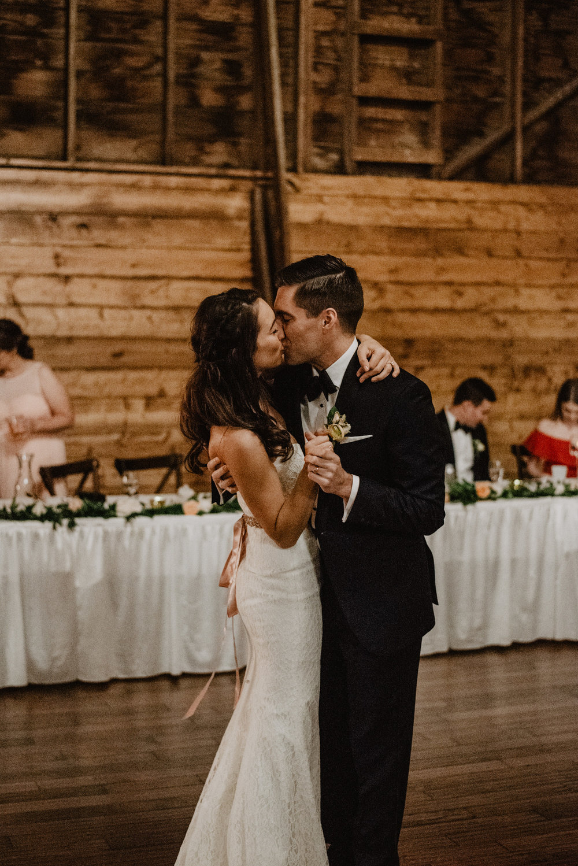 The Barn at the Ackerhurst Dairy Farm Omaha Nebraska Wedding Kaylie Sirek Photography118.jpg