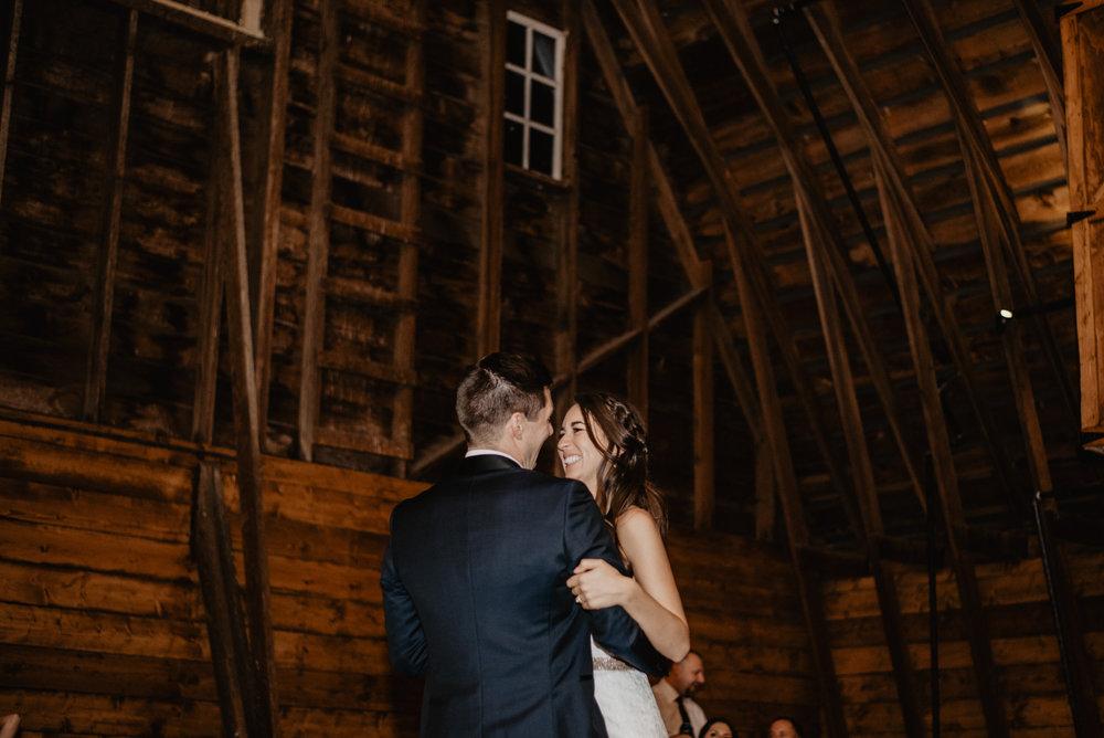 The Barn at the Ackerhurst Dairy Farm Omaha Nebraska Wedding Kaylie Sirek Photography120.jpg
