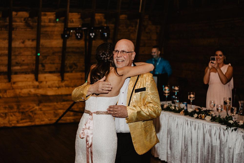 The Barn at the Ackerhurst Dairy Farm Omaha Nebraska Wedding Kaylie Sirek Photography124.jpg