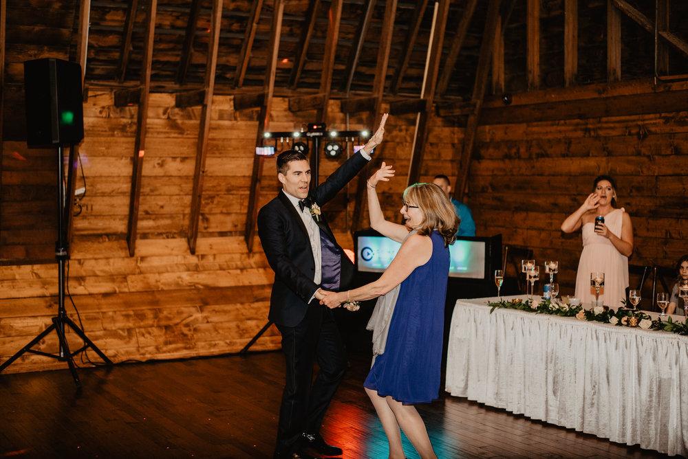 The Barn at the Ackerhurst Dairy Farm Omaha Nebraska Wedding Kaylie Sirek Photography128.jpg