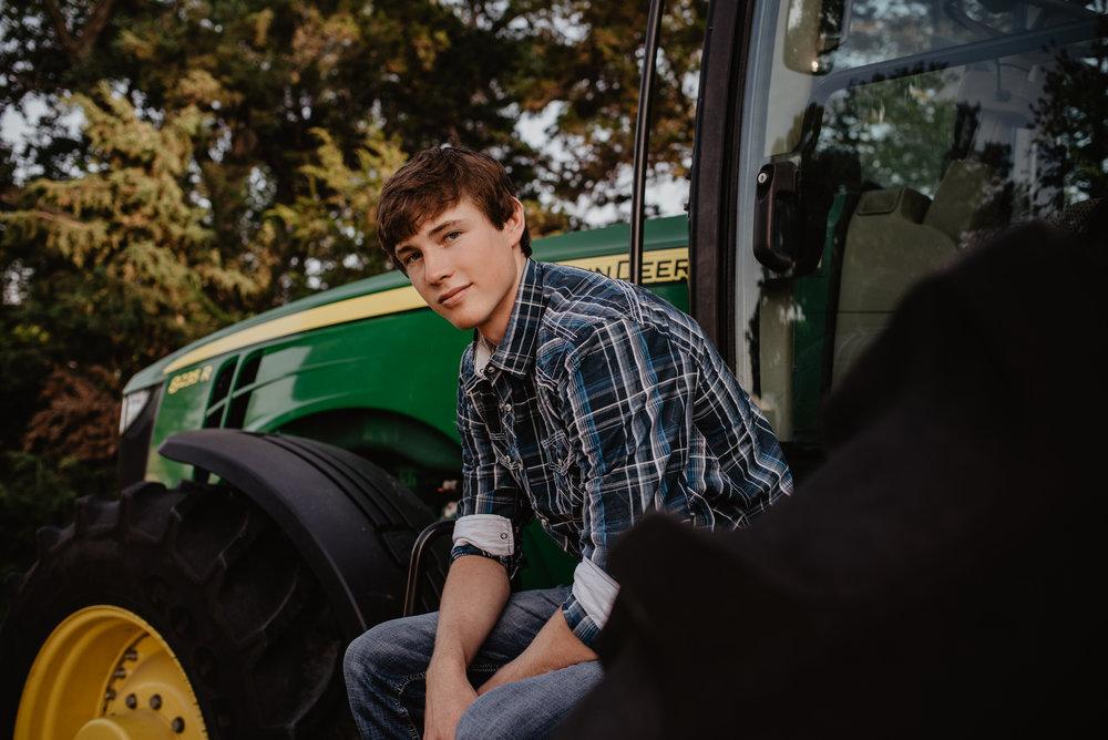 Axtell High School Senior Kearney Photographer 03.jpg