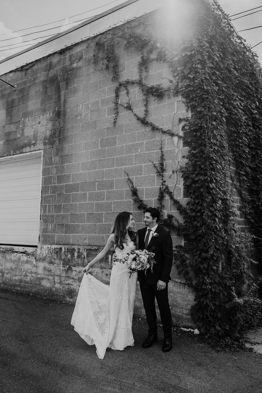 Stillwater-Minnesota-Wedding-Loft-at-Studio-J-Kaylie-Sirek-Photography-18.jpg
