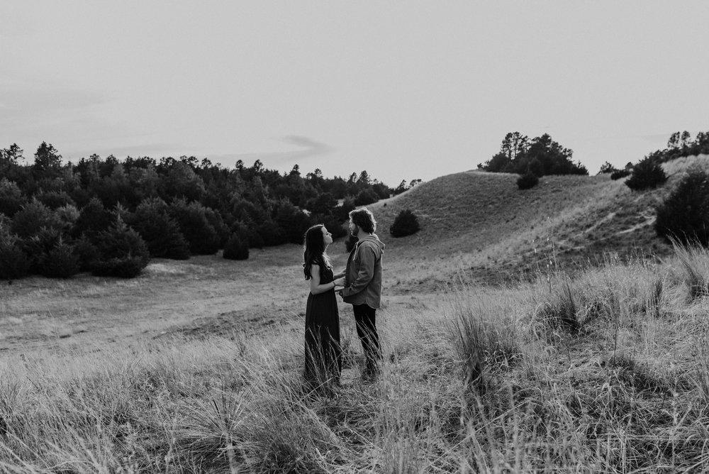 Nebraska-Engagement-Session-Halsey-Forest-Kaylie-Sirek-Photography-022.jpg