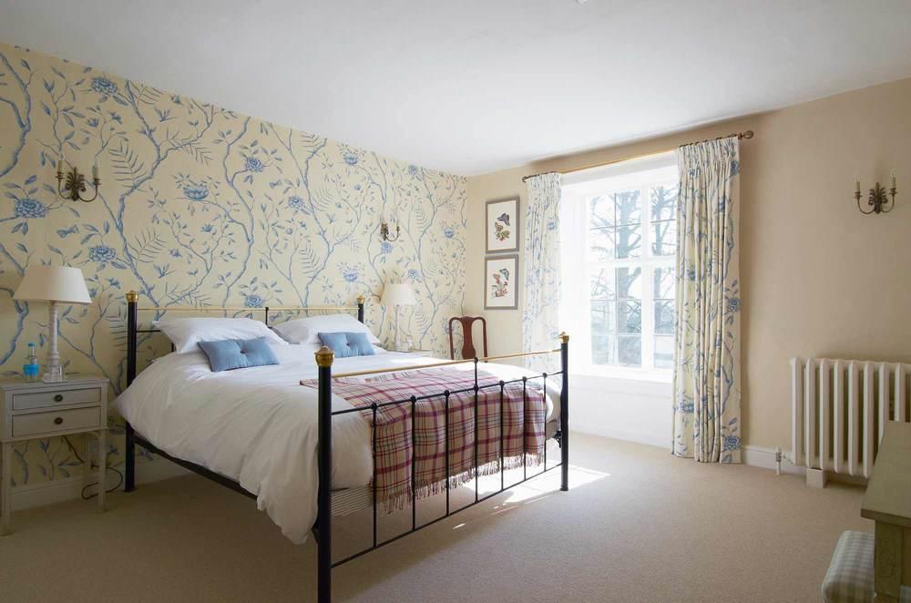 Bruisyard-Hall-Anne-Hare.jpg