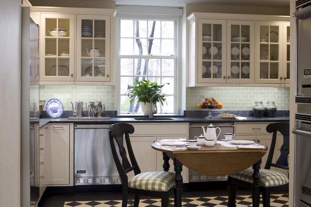 8. Dean's Kitchen.jpg